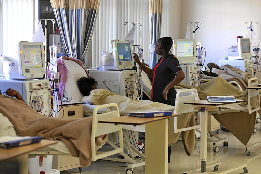 September 03, 2014 A nurse checks on a patient at the new Renial Unit at Life East London Private Hospital Picture: MARK ANDREWS © DAILY DISPATCH